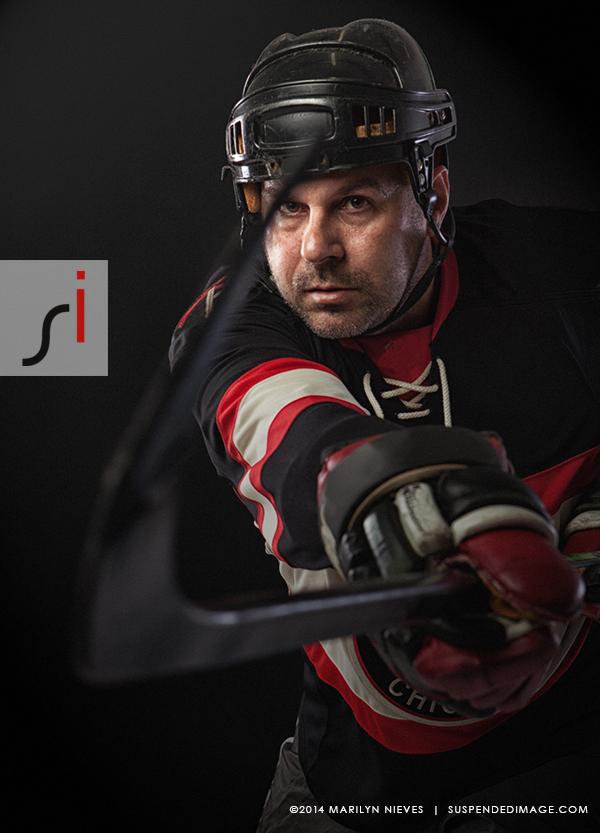 suspendedimage_hockey_player5816