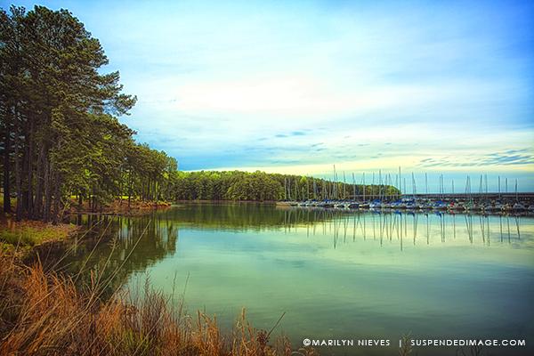 suspendedimage-lake-lanier